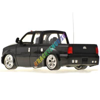 RC Ford Pickup na diaľkové ovládanie licencovaný